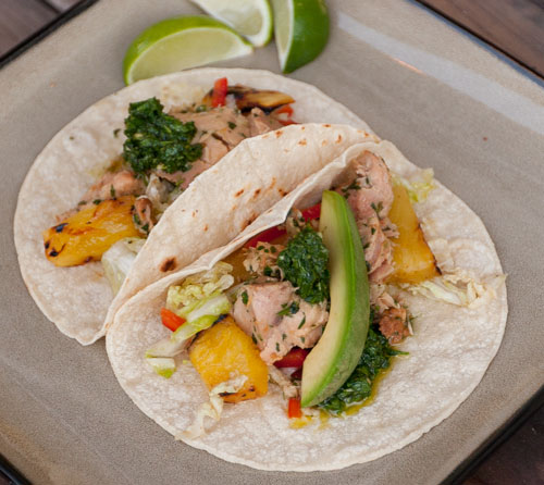 Great spicy tuna tacos that are perfect for a summertime dinner
